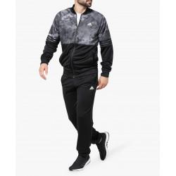 """Nauja """"Adidas"""" prekių kolekcija"""