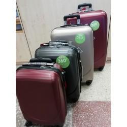 Galanterijos skyriuje nauja lagaminų kolekcija