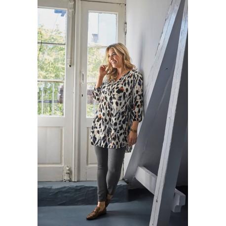 Įsileisk pavasarį į savo spintą! Lengva moteriška tunika iš NAUJOS ,,Brandtex'' kolekcijos.