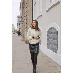 """Minimalistinis stilius su moterišku prisilietimu ,,Brandtex"""" kolekcijos dirbtinės odos sijonas"""