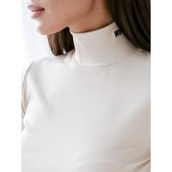 """Lenkų firmos ,,WIB's"""" moteriški džemperiai aukštu kaklu iš naujos 2021 m. rudens/žiemos kolekcijos."""