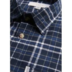 """Švedų firmos ,,Erla of Sweden"""" vyriški marškiniai iš naujos 2021 m. rudens/žiemos kolekcijos."""